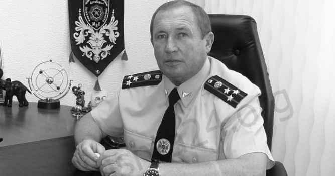 Умер хороший человек - Василий Бодриченко