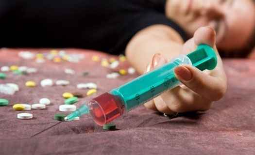 Житель Алушты, склонивший несовершеннолетнюю к употреблению наркотиков - пойдёт под суд