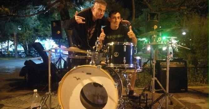 Кому мешают живые музыканты на набережной Алушты