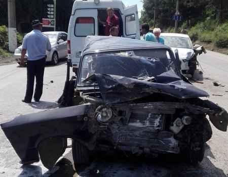 Недалеко от Алушты 28 июня произошло столкновение Audi A4» и ВАЗ 2101, пострадал 1 человек