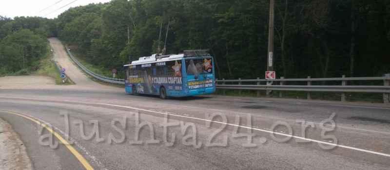 Авария 7 июля, троллейбус и Жигули в районе Кутузовского фонтана
