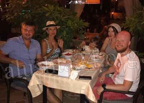 Эвелина Бледанс в отпуске побывала в Алуште