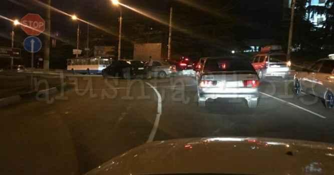 Авария на кольце автовокзала в в Алуште 14 июля