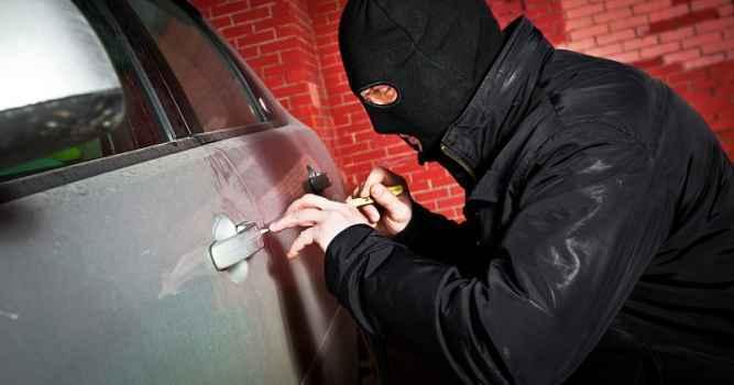 Внимание! В Алуште орудуют автограбители