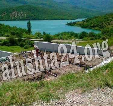 Застройка берега водохранилища Алушты, Изобильное