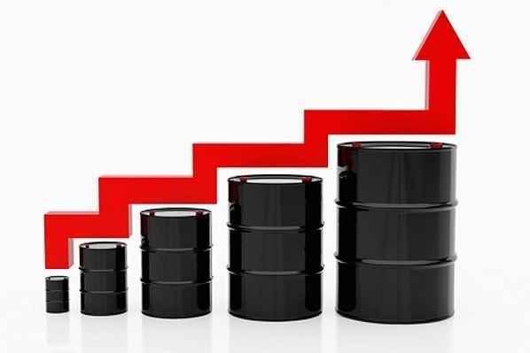 Стоимость бензина резко вырастет из-за строительства дорог в Крыму