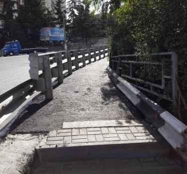 Отремонтирован тротуар ведущий от ПУДа на автовокзале к переходу на Октябрьскую