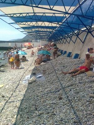 Бездействие отдела курорта исполкома Алушты. Пляж