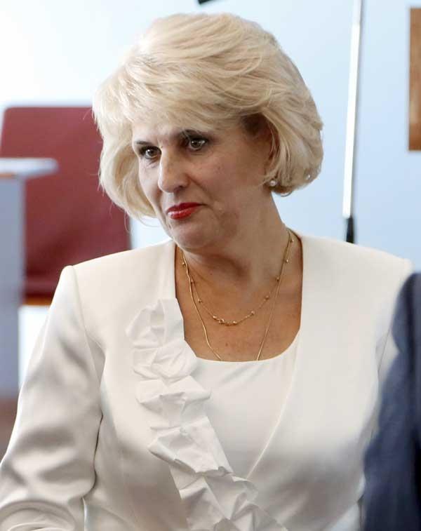 Председатель Алуштинского городского совета покидает свой пост?