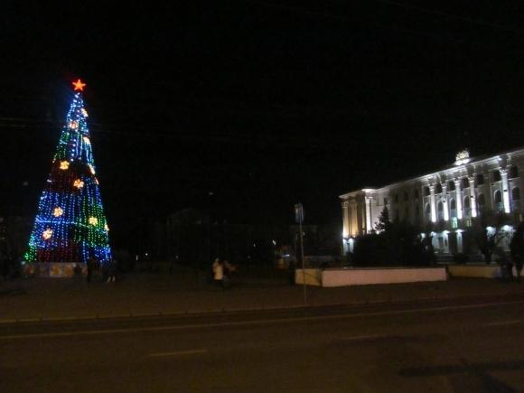 Из-за холодов в Крыму снова веерно будут отключать свет