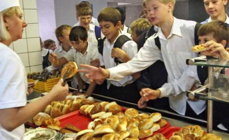Продажа продуктов питания в школе