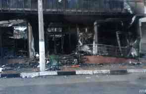 Сгорел магазин Лукошко на улице Красноармейской в Алуште.