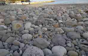 Центральный пляж после последнего шторма