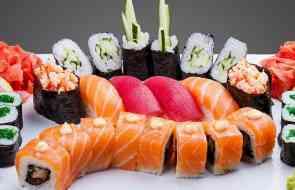 Японские суши и роллы. Какие они?