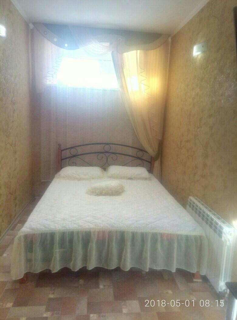 Посуточная аренда квартиры 33 кв.м на 1/2 этажа, по адресу г. Алушта, пер.Краснофлотский 5