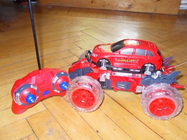 Радиоуправляемая машина Bubble Car
