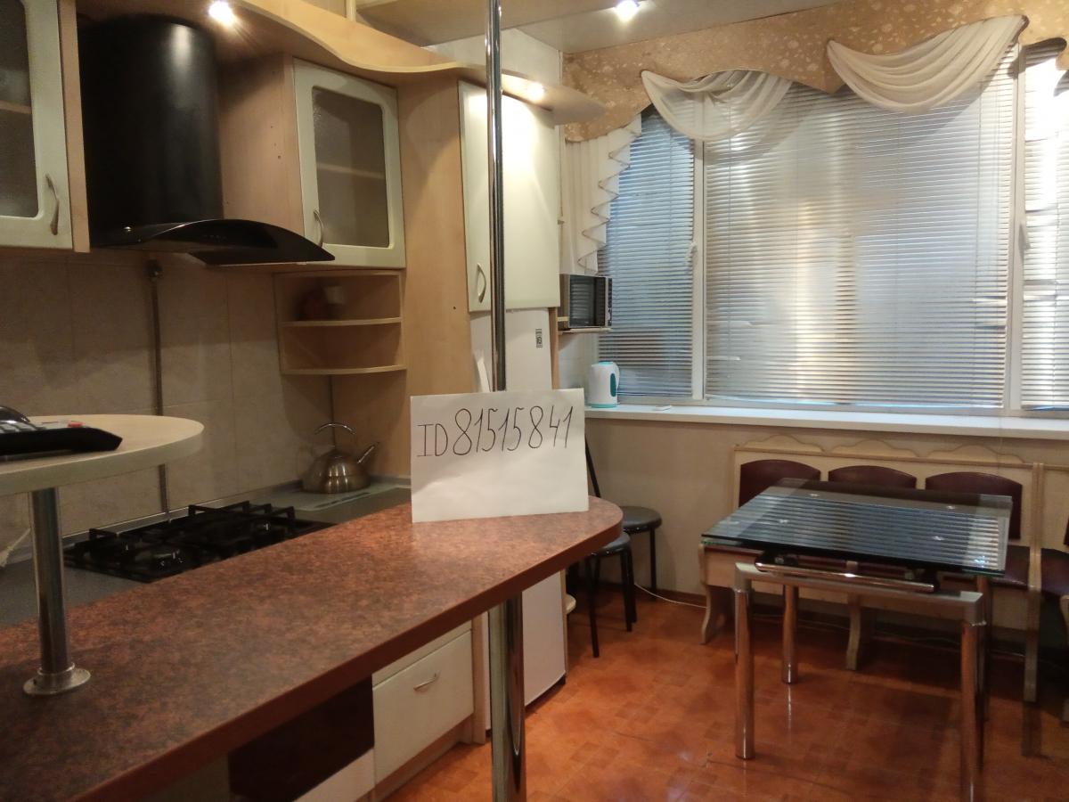 Посуточная аренда квартиры 70 кв.м на 1/2 этажа, по адресу г. Алушта, пер.Спортивный 11