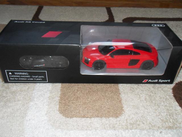 Игрушечная модель автомобиля Audi R8 Coupe RC, 1:24, Dynamite Red