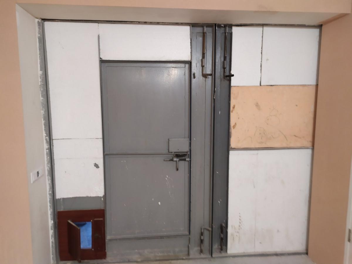 Продам помещение под коммерцию  кв.м на / этажа, по адресу г. Алушта, ул. Ялтинская 30