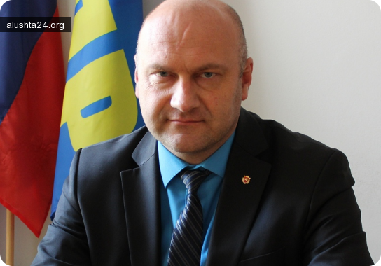 Все об Алуште: В Алуште проведет прием граждан депутат Государственной Думы Павел Шперов
