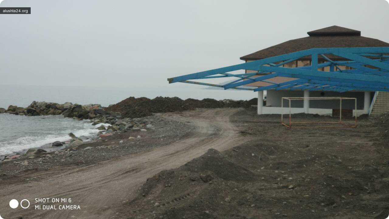 Все об Алуште: К курортному сезону в районе Семидворья решили загрязнить море